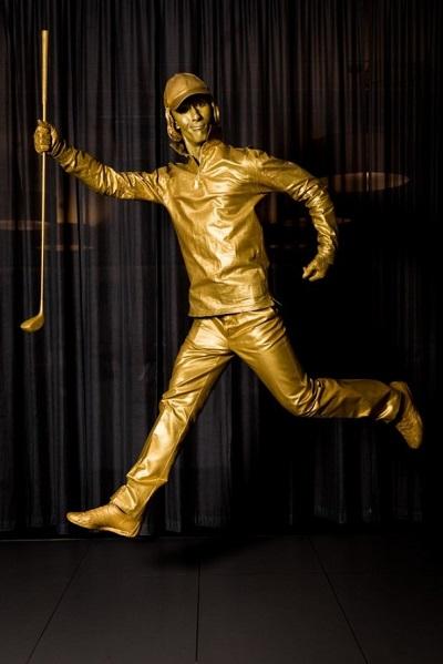 Living_Statues_golden_sport
