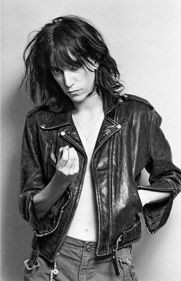 Patti Smith, NYC 1976 © Lynn Goldsmith
