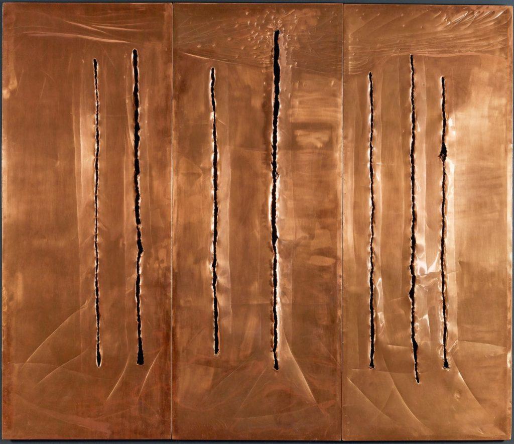 Spatial Concept, New York 10, 1962 by Lucio Fontana  © Fondazione Lucio Fontana Milano