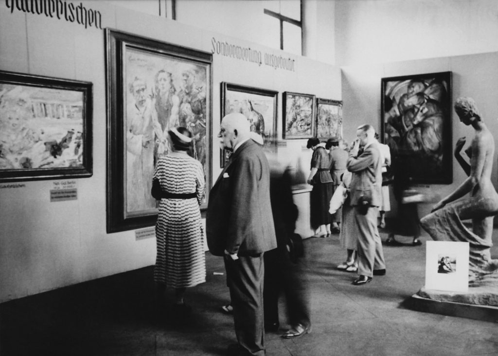 Degenerate Art exhibition in Munich, 1937  © The Image Works