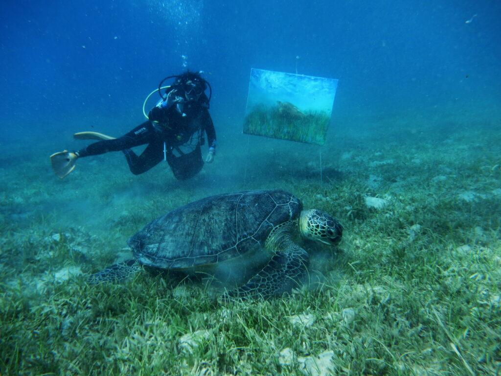 Olga et une tortue